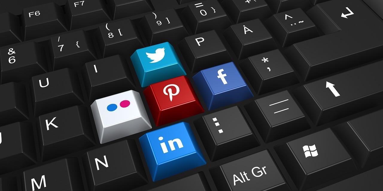 Social Media blog 1.jpg
