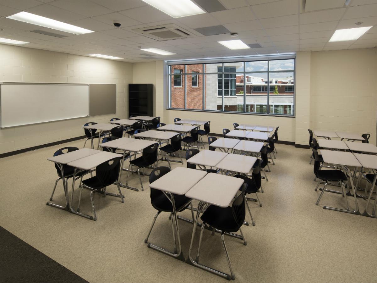 Classroom-01.jpg
