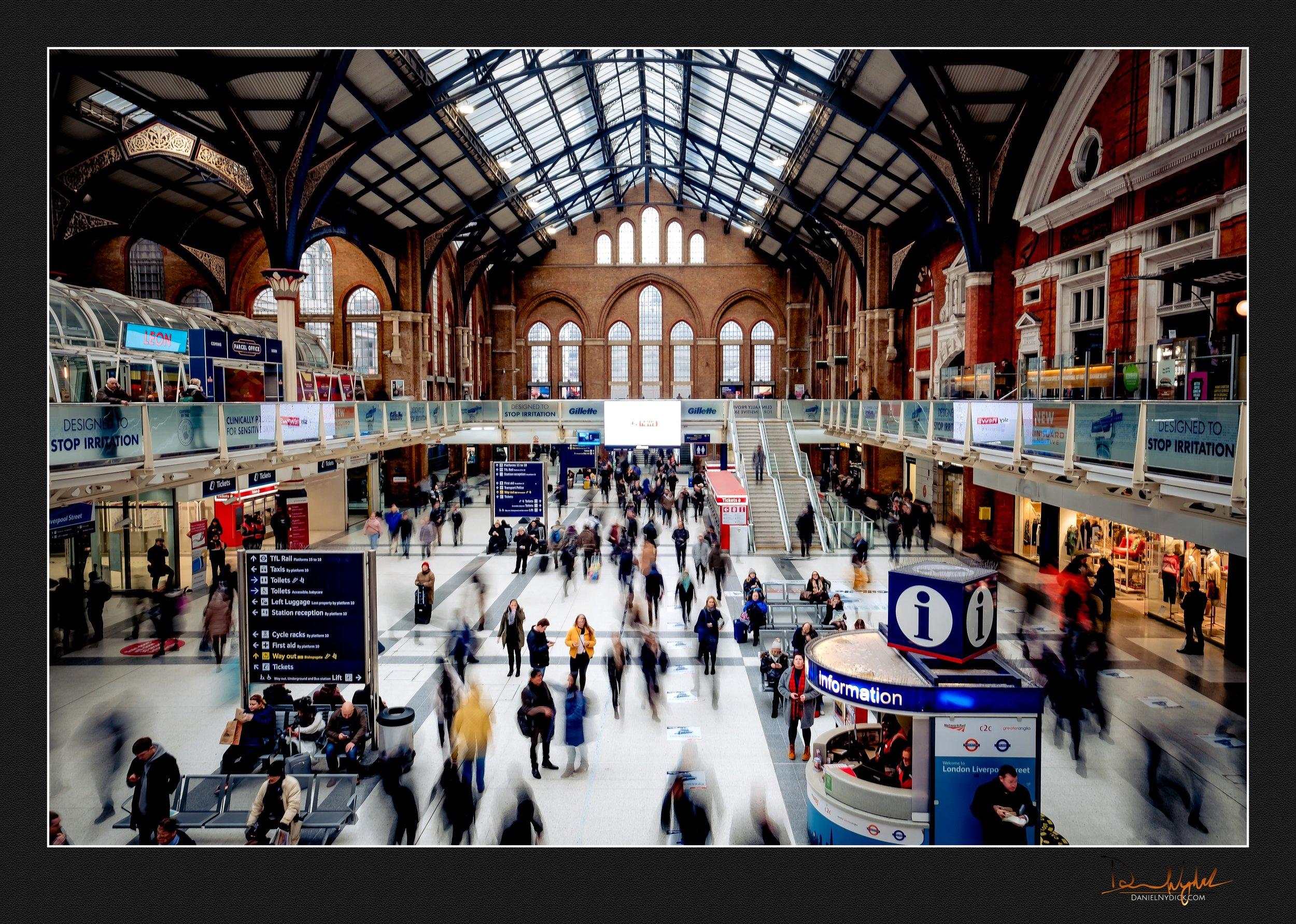 movement, liverpool station, shutter drag, slow shutter, train,