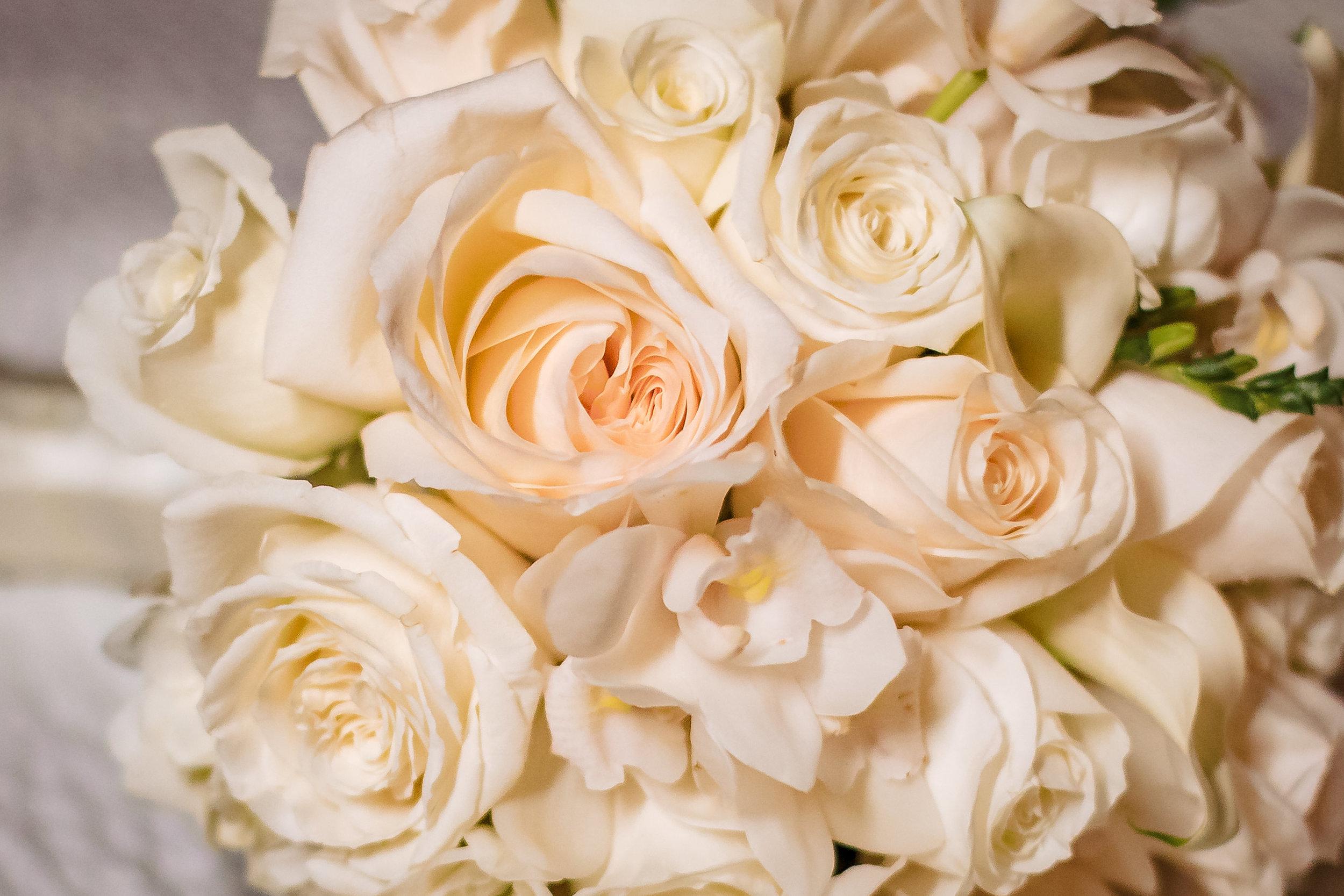 bride bouquet wedding, roses