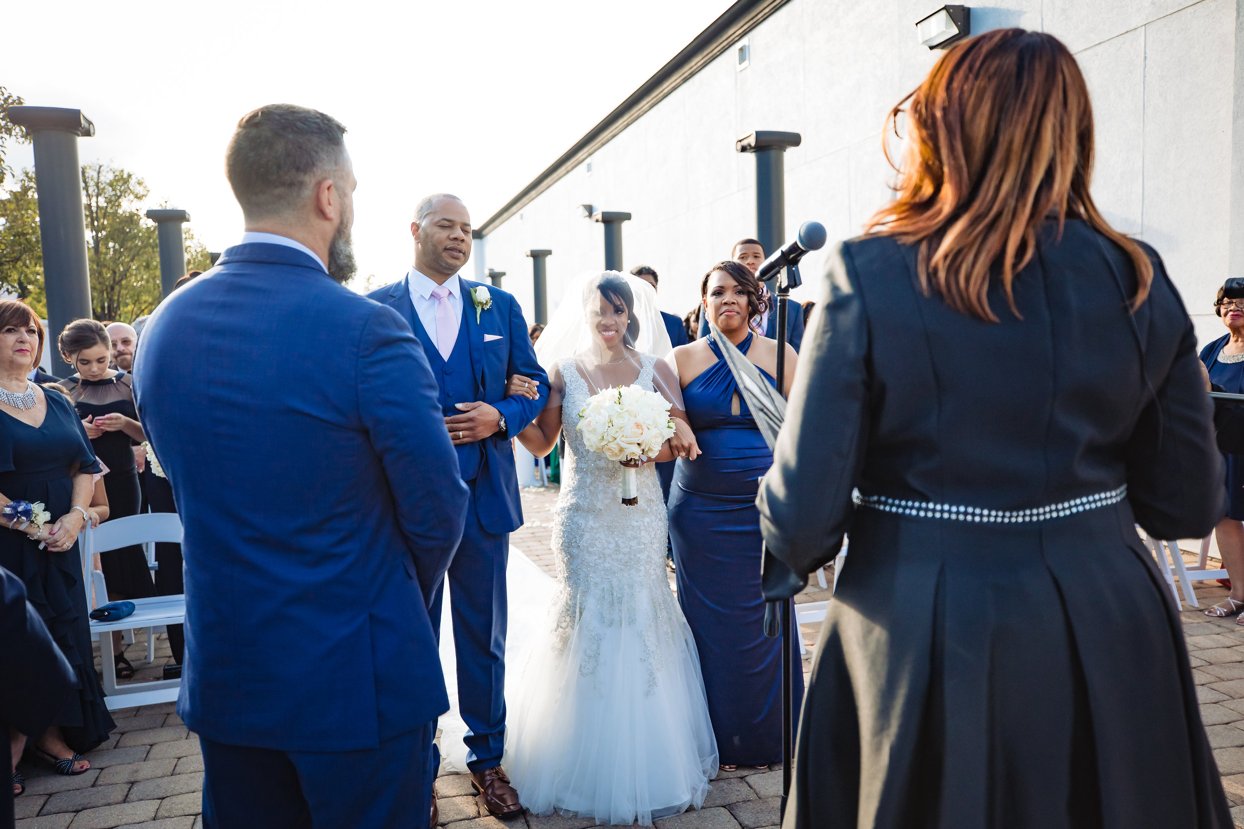 brid sees groom at the altar
