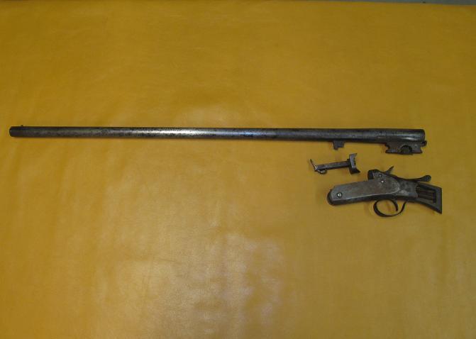gun5_zps11e3e4da.jpg