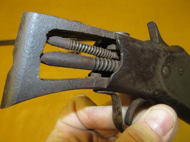 gun8_zps3b6b8261.jpg