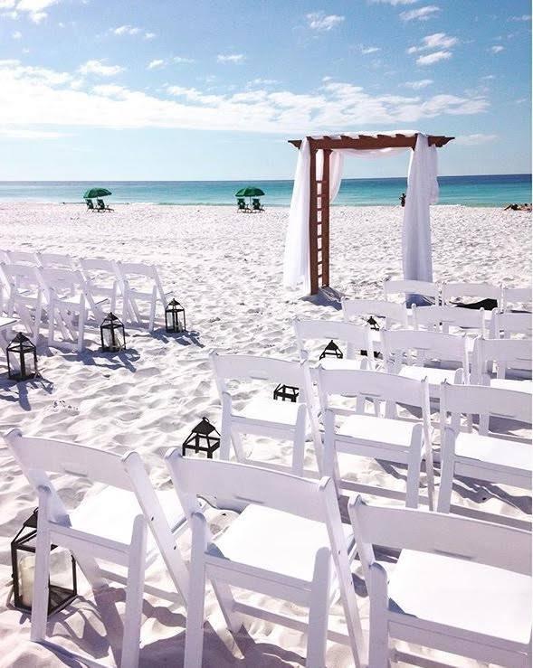 Carolina Arbor w: Resin Chairs.jpg