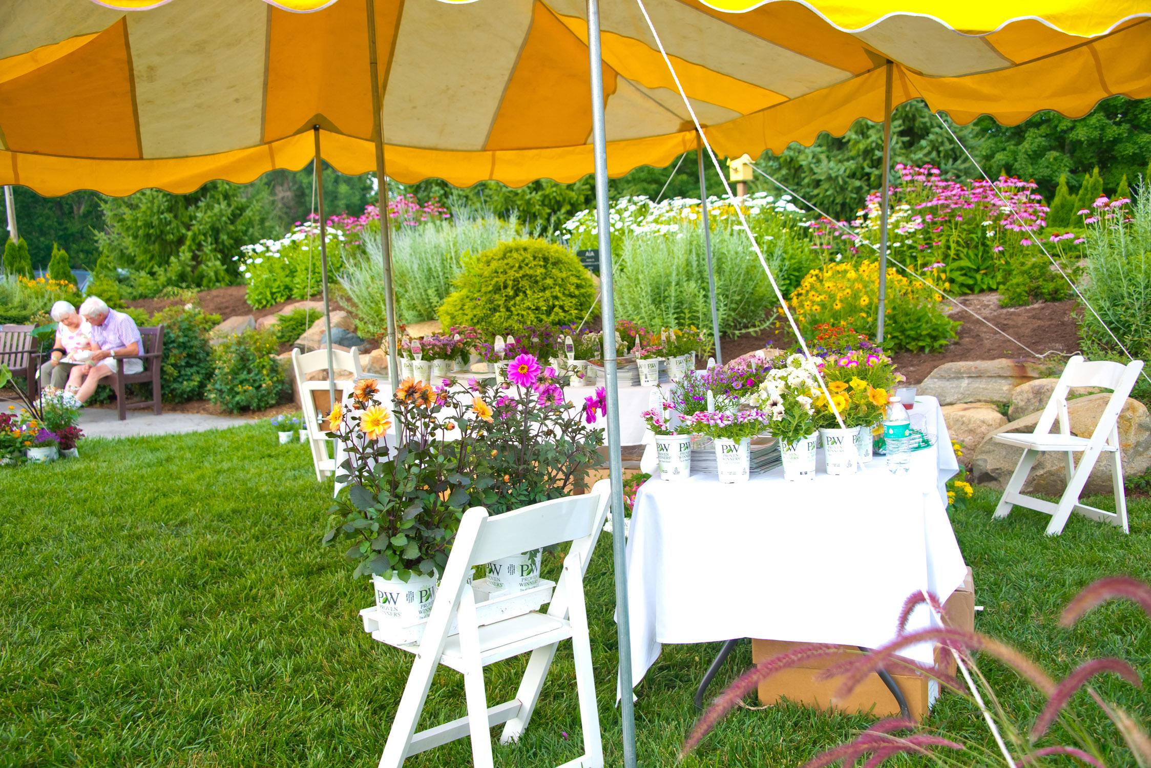 GardenEvent_Photos_Tiffany_052.jpg