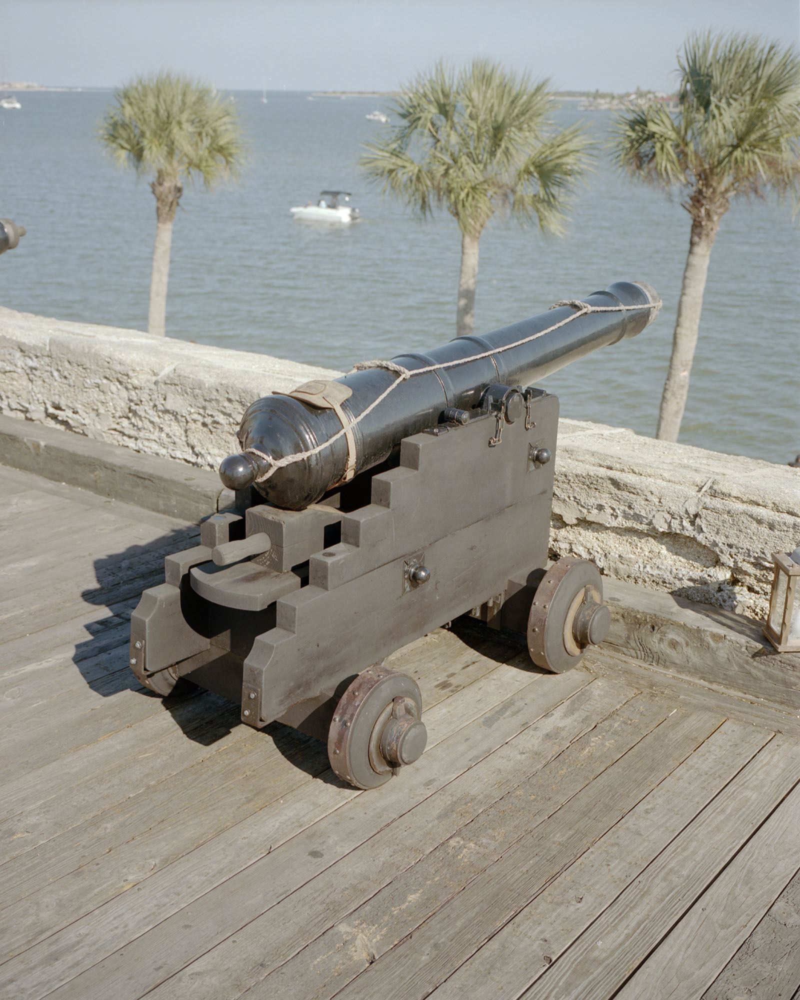 Cannon005.jpg