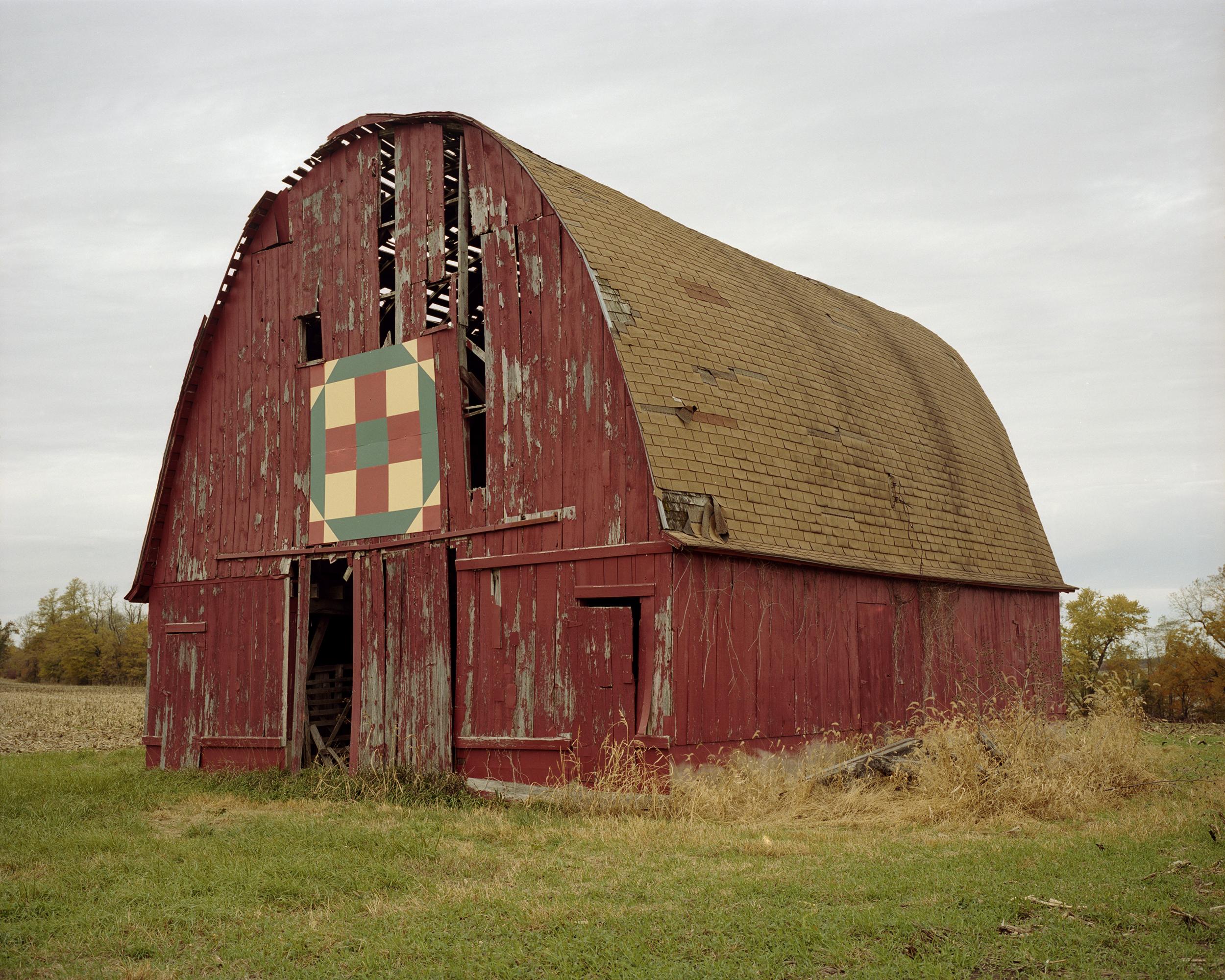 old barn001.jpg