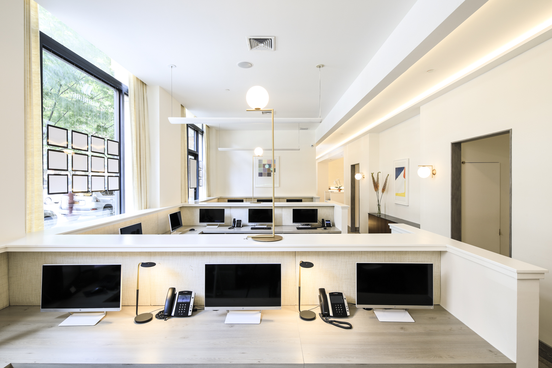 warburg_mainview_officespace.jpg