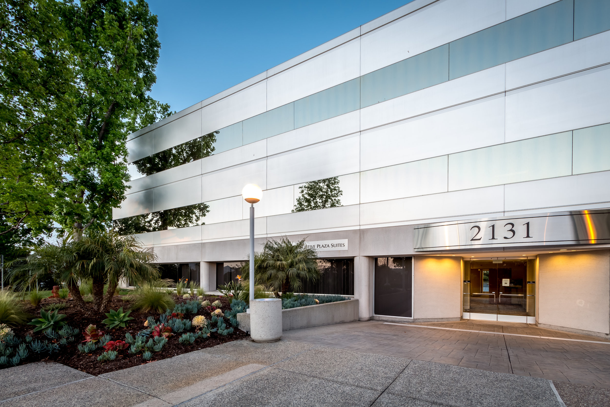 Carlsbad Executive Plaza-4.jpg