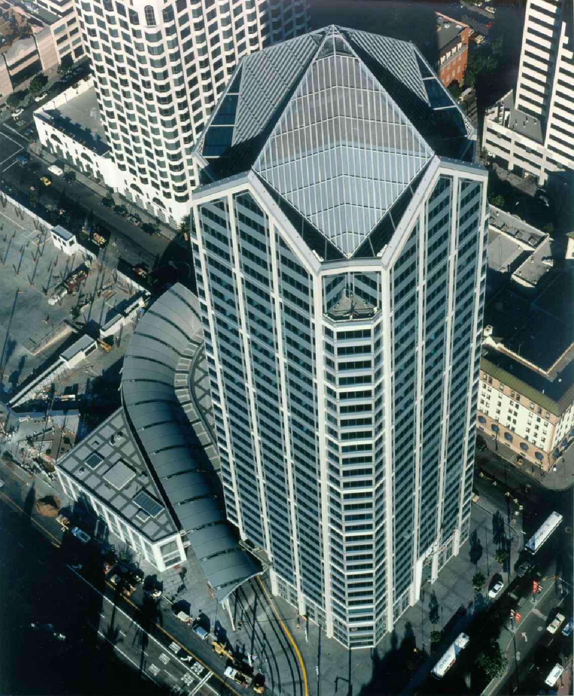 One America Plaza (3).jpg
