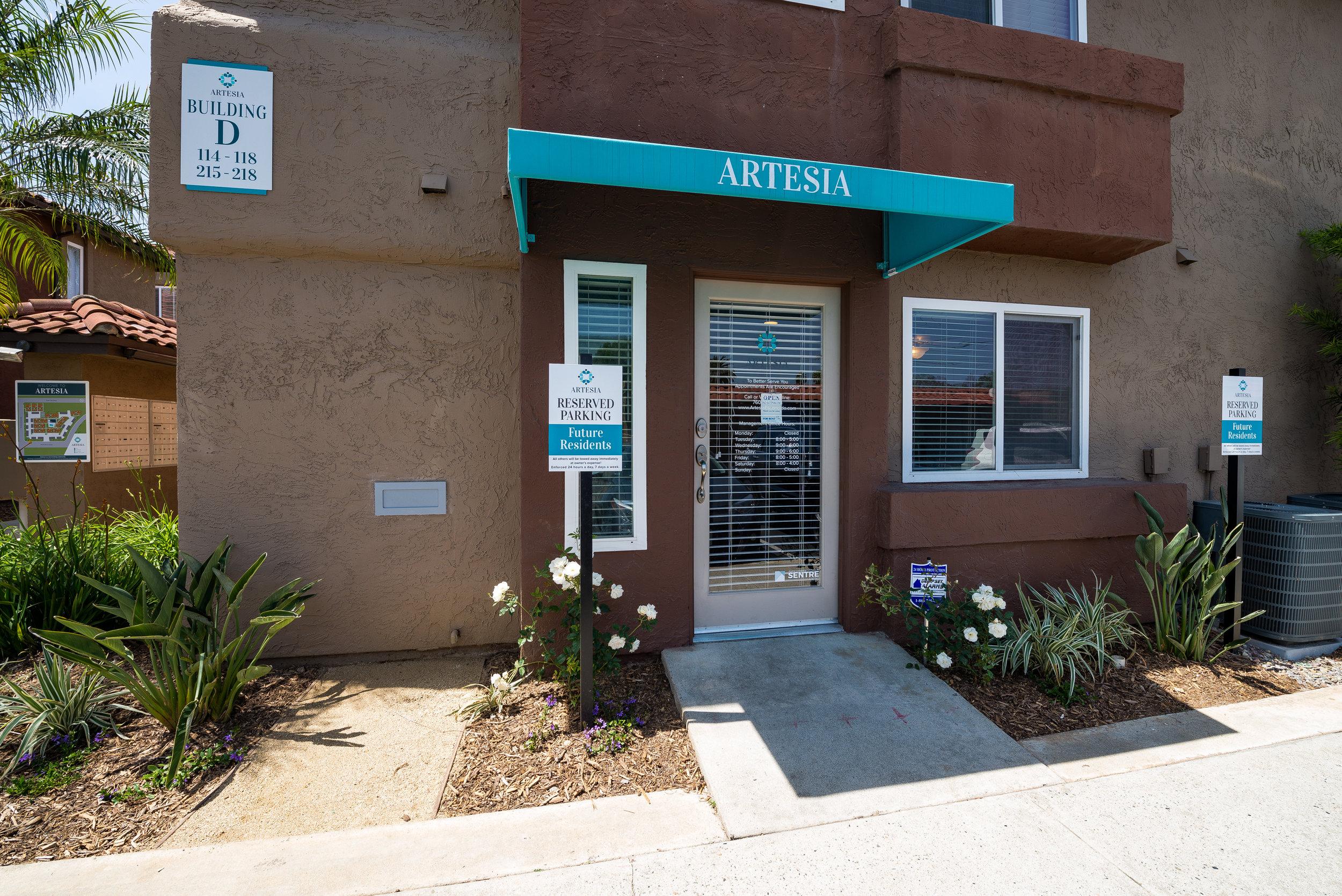 Artesia-Leasing Office.jpg