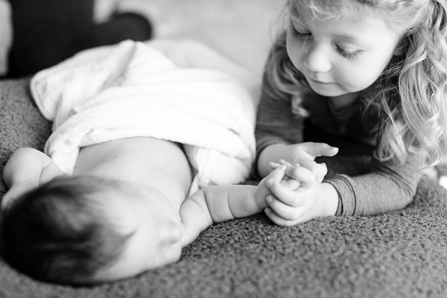 Baby_Riley-Newborns-11.jpg