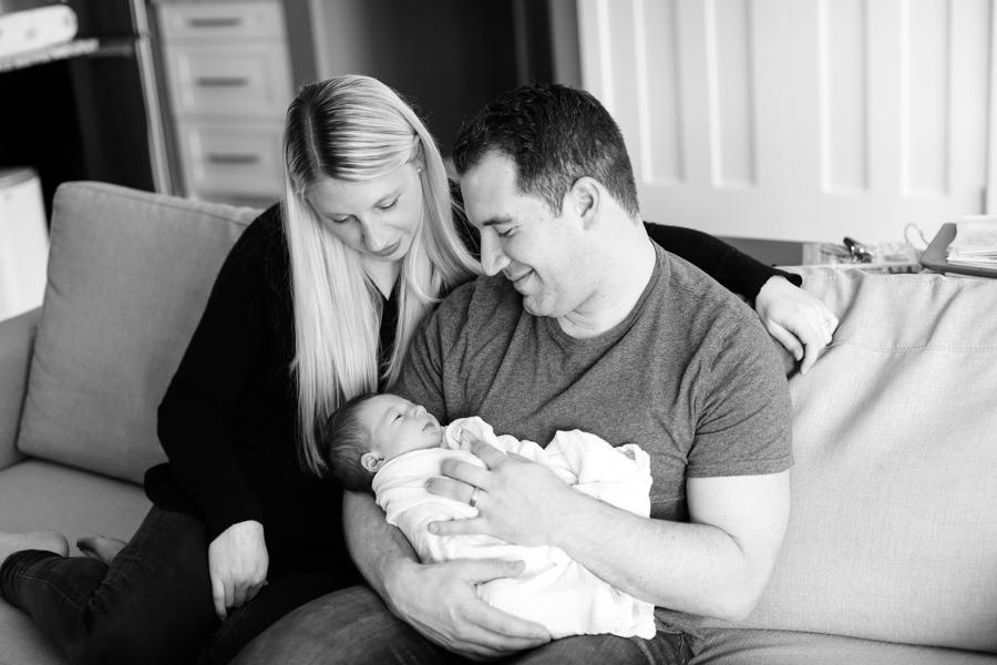 Baby_Riley-Newborns-19.jpg