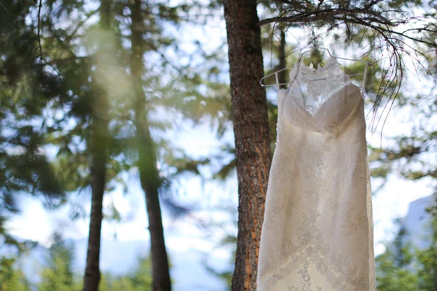 Hayley-Jordan-Banff_Wedding-4.jpg