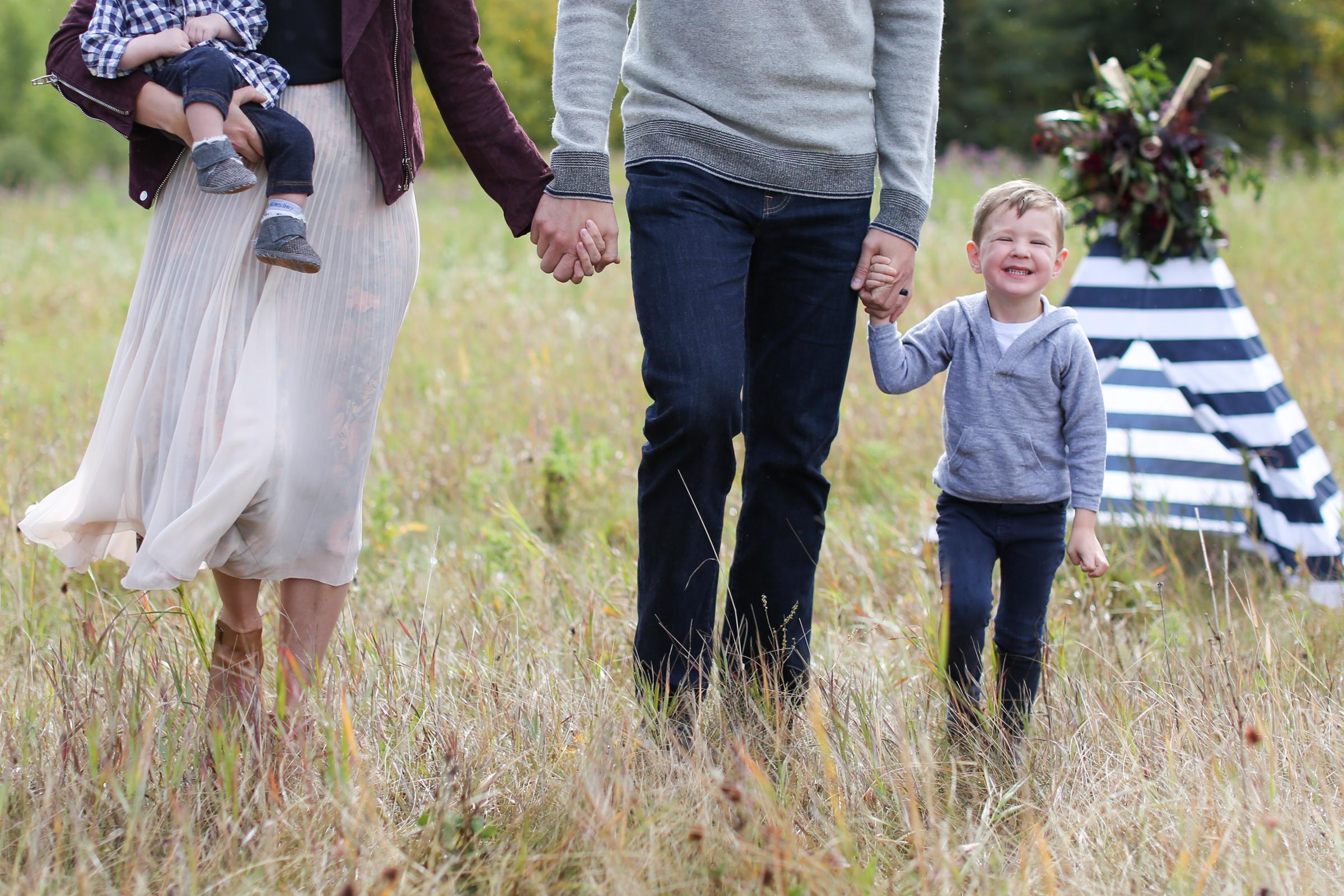 Fall-Family-Creative-Lindsay_Skeans_Photography-7.jpg