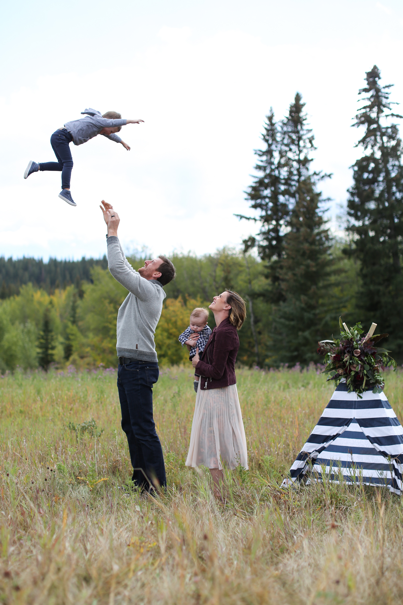 Fall-Family-Creative-Lindsay_Skeans_Photography-15.jpg