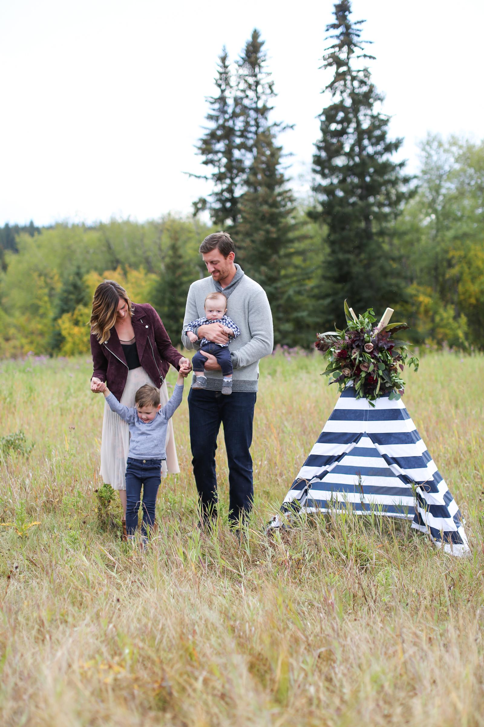 Fall-Family-Creative-Lindsay_Skeans_Photography-17.jpg