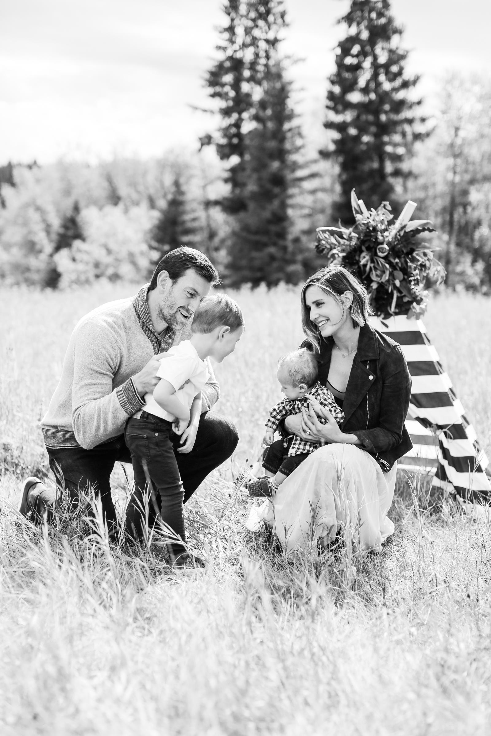 Fall-Family-Creative-Lindsay_Skeans_Photography-25.jpg
