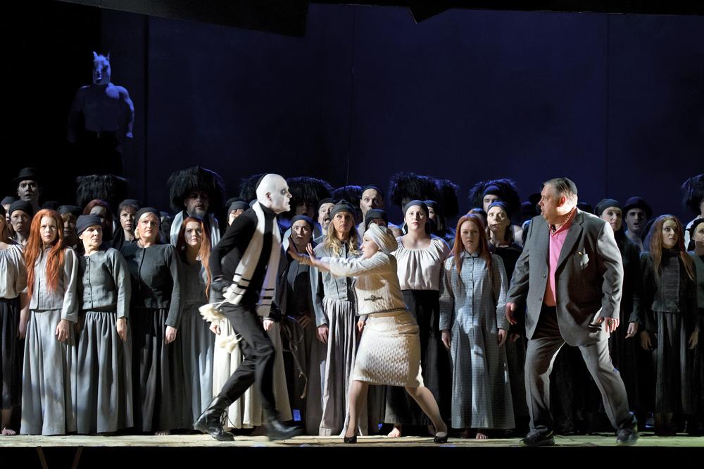 Nabucco02.jpg