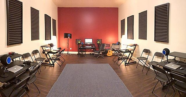 Awesome progress on Central PA's first ever, Mobile Music Lab! New equipment coming in everyday, keep posted for more updates! www.Studio117York.com #Studio117 #MobileMusicLab
