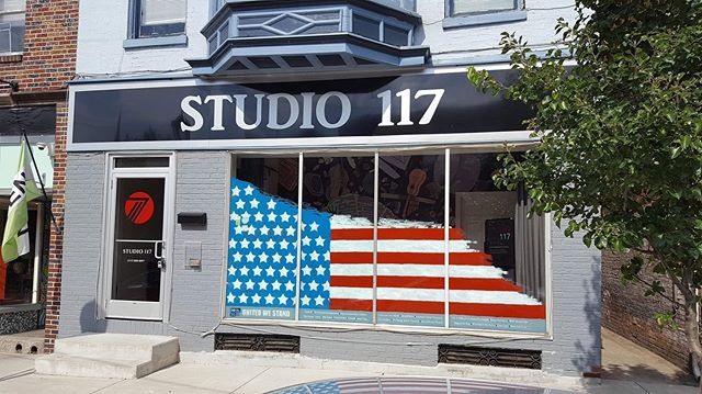 Happy 4th of July! Thank you to @andrius_z_artist_ for an awesome 4th of July window painting! Come check it out this first Friday In the Royal Square District! @downtownyorkpa
