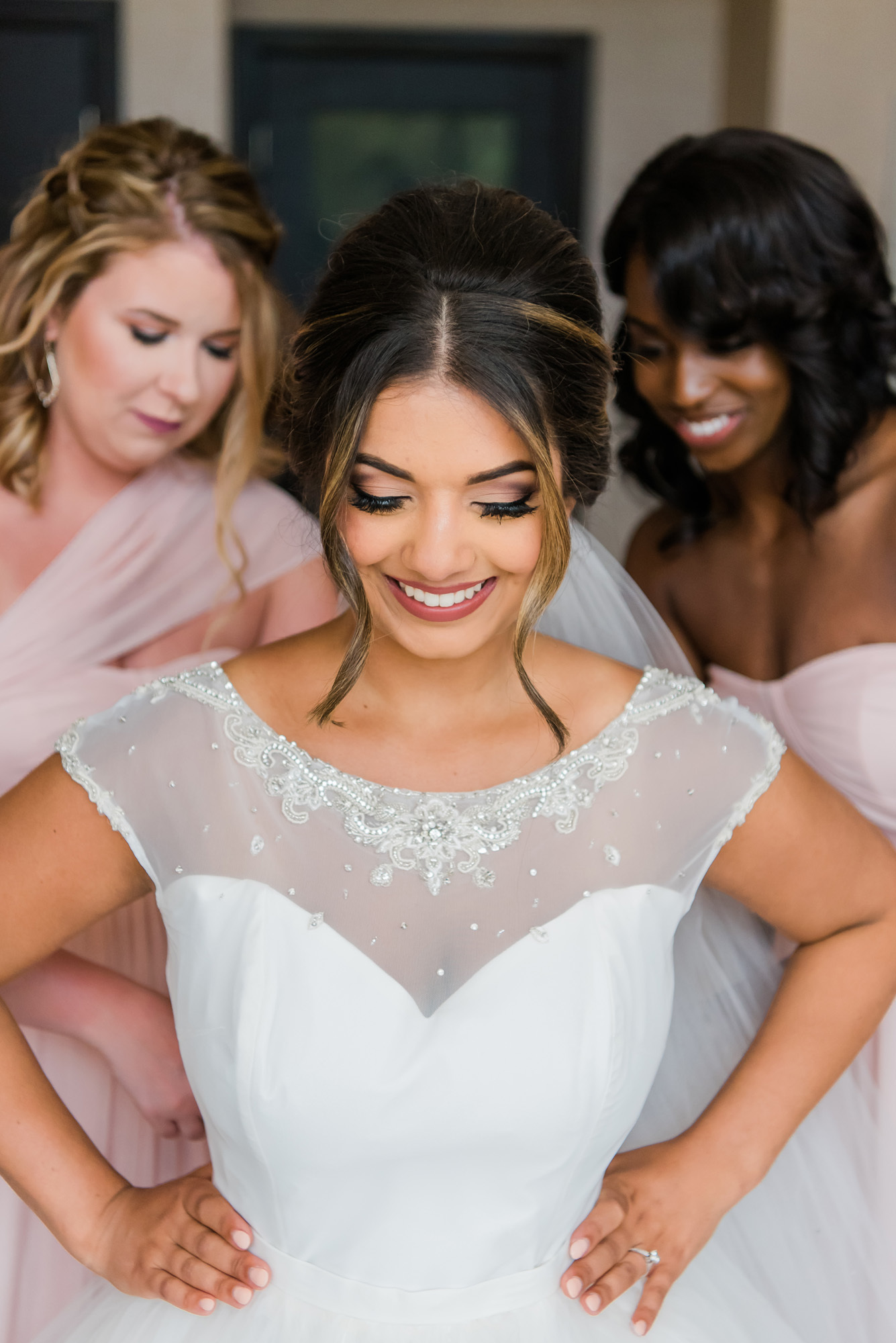 Gorgeous natural bridal makeup in Las Vegas