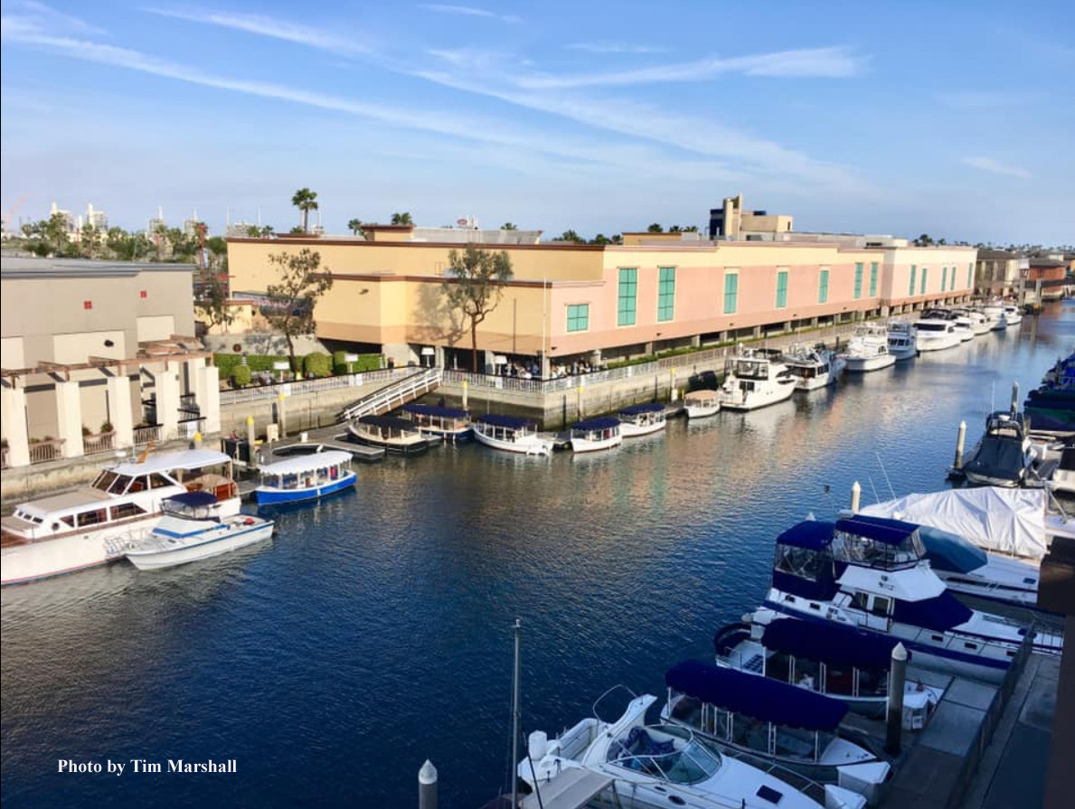 Docks with boats copy.jpg