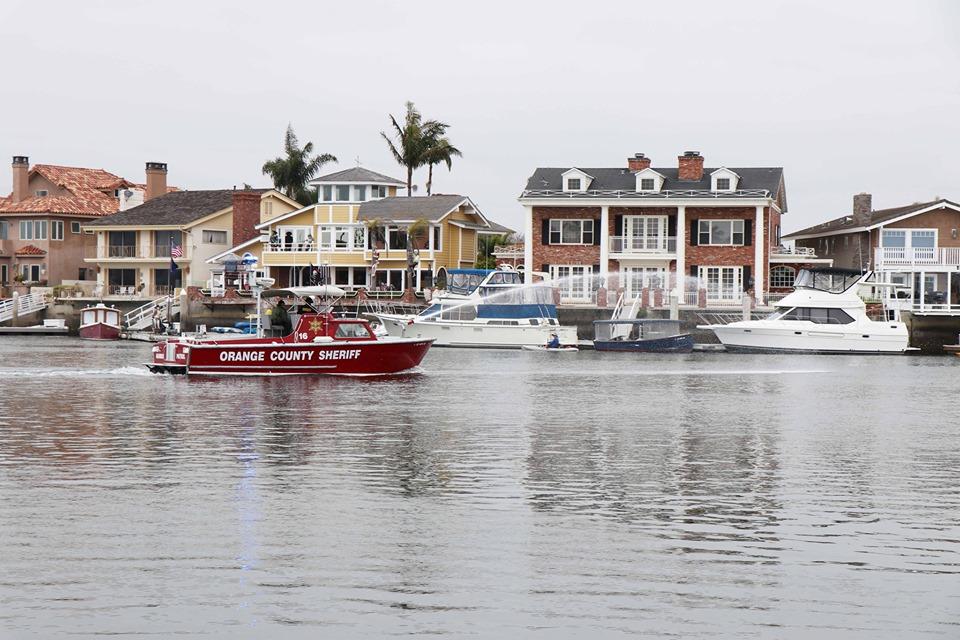 5 Sherifs boat leading parade.jpg