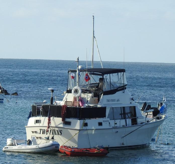 z boat two finns.jpg
