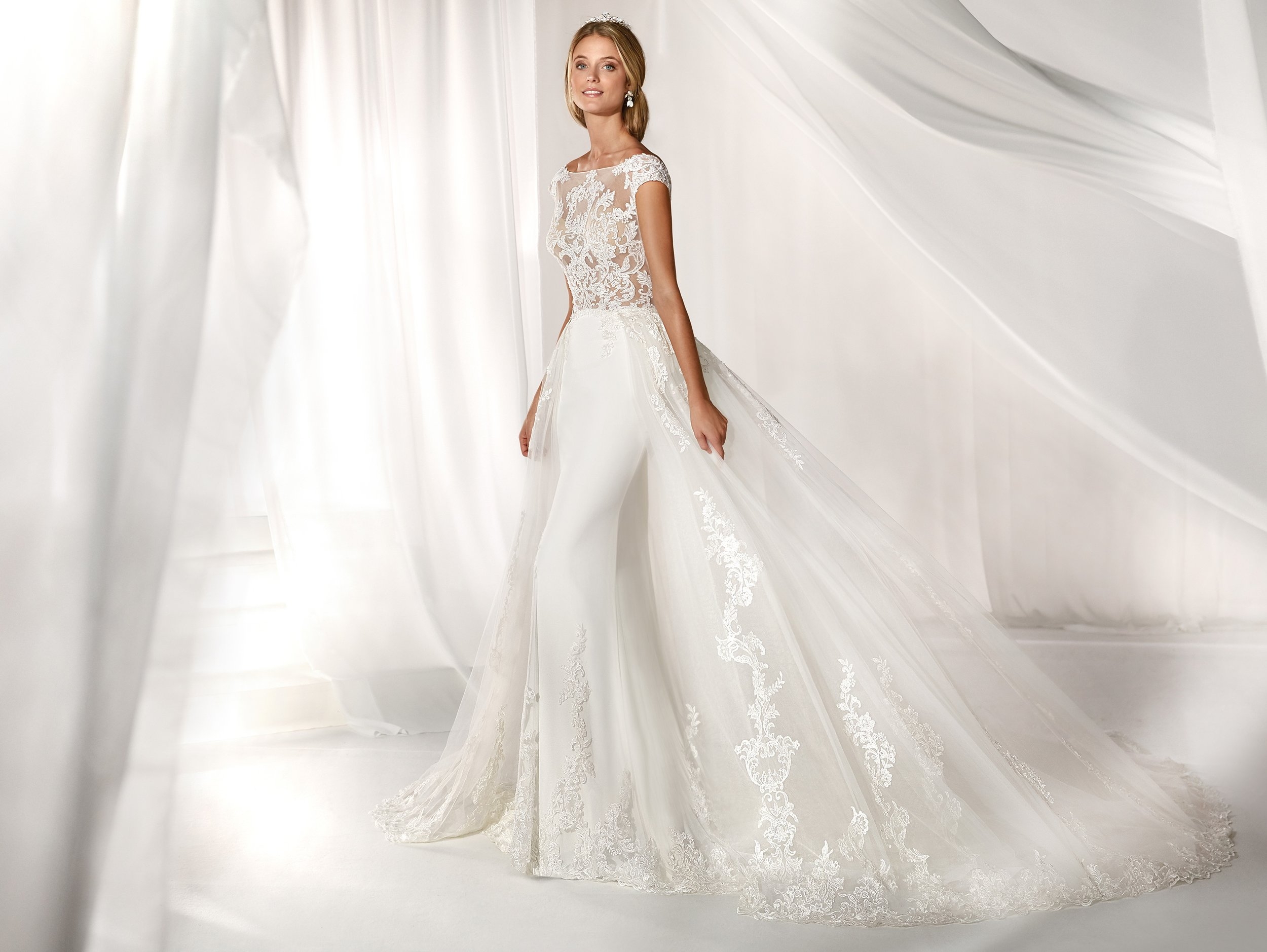 Nine Trends In 2019 And 2020 Wedding Dresses Bespoke Beloved