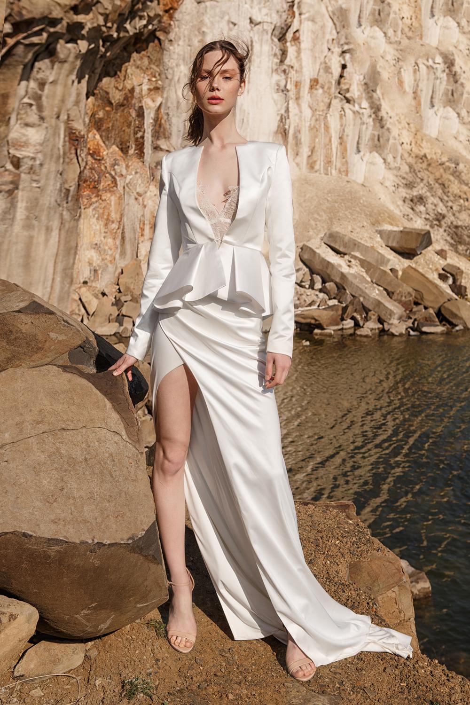Eva Lendel Pure Essence Collection -  Parker .