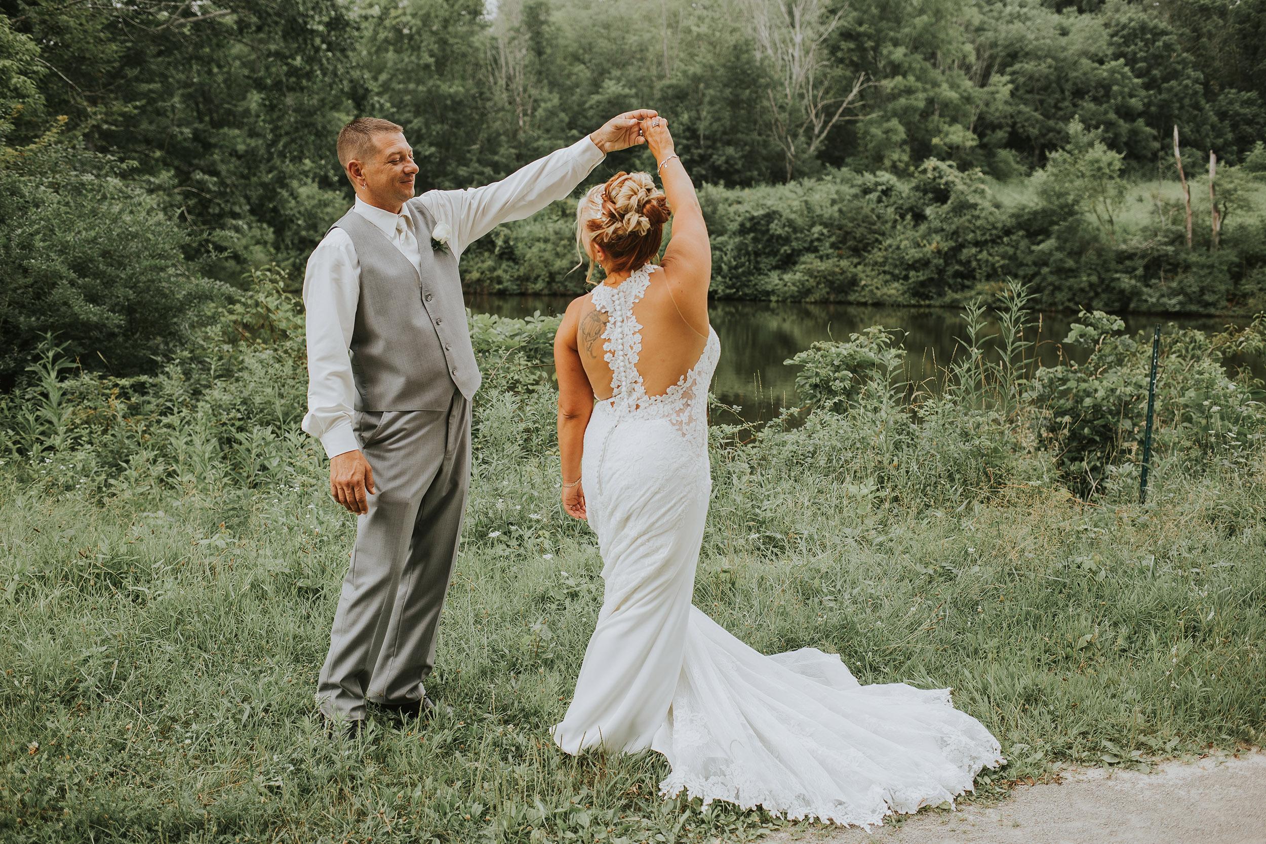 rustic glamour summer outdoor ligonier western Pennsylvania wedding dress