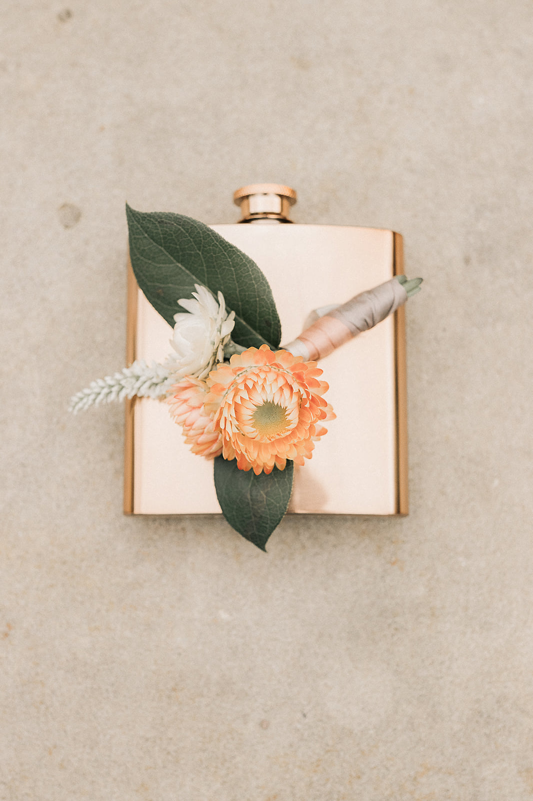 bright_colors_summer_wedding_ boutonniere _the_farmers_daughter_bespoke_and_beloved_events