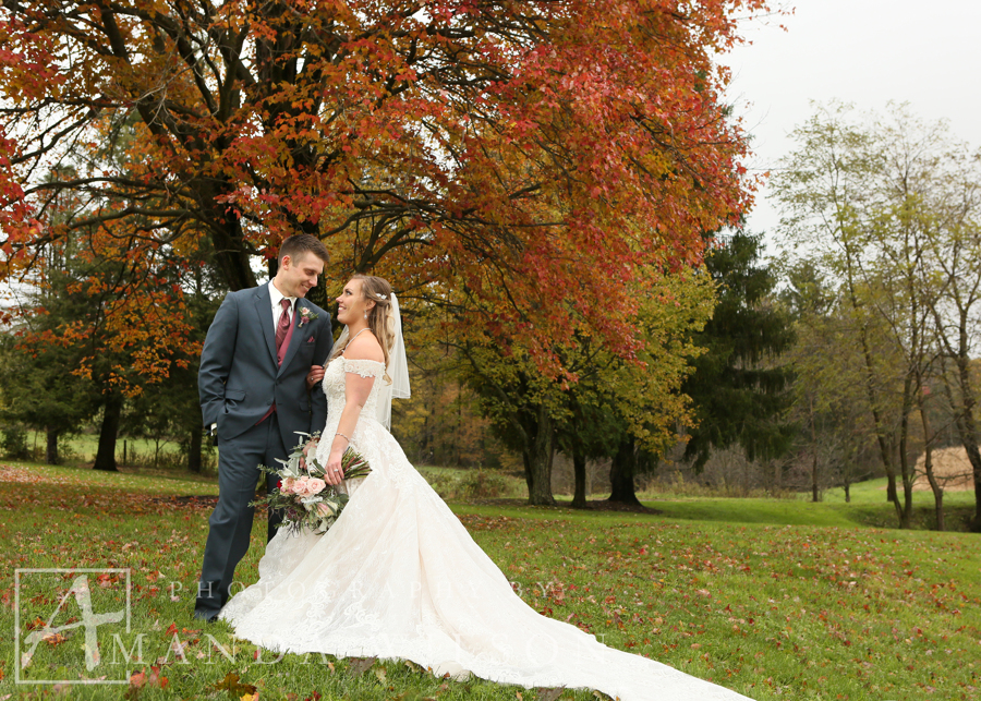 fall_wedding_portrait_western_pennsylvania_lingrow_farms_bespoke_and_beloved_events