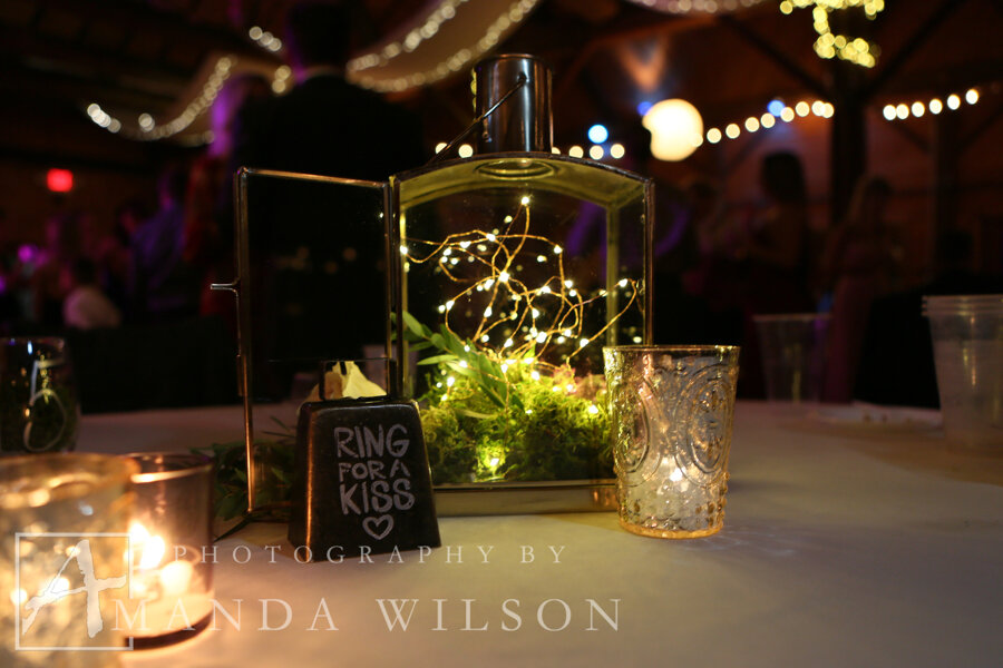 Winebrenner_fall_wedding_armsttong_county_pa_amanda_wilson_photography_bespoke_and_beloved_events_sapphire_and_lace