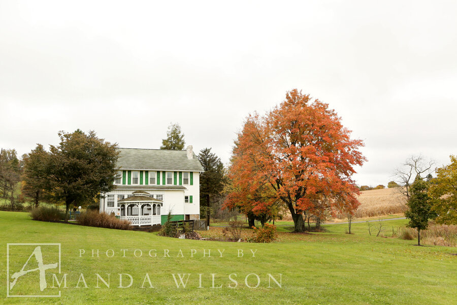Winebrenner0001.JPGWinebrenner_fall_wedding_armsttong_county_pa_amanda_wilson_photography_bespoke_and_beloved_events