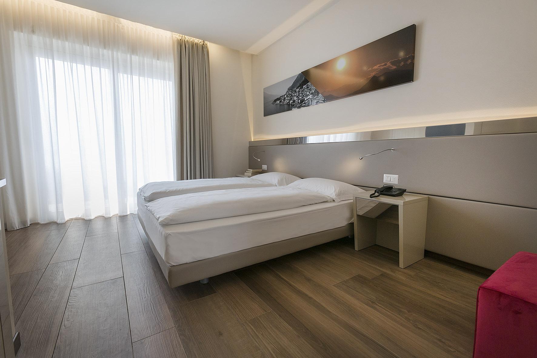 Room 411 - 001-B.jpg