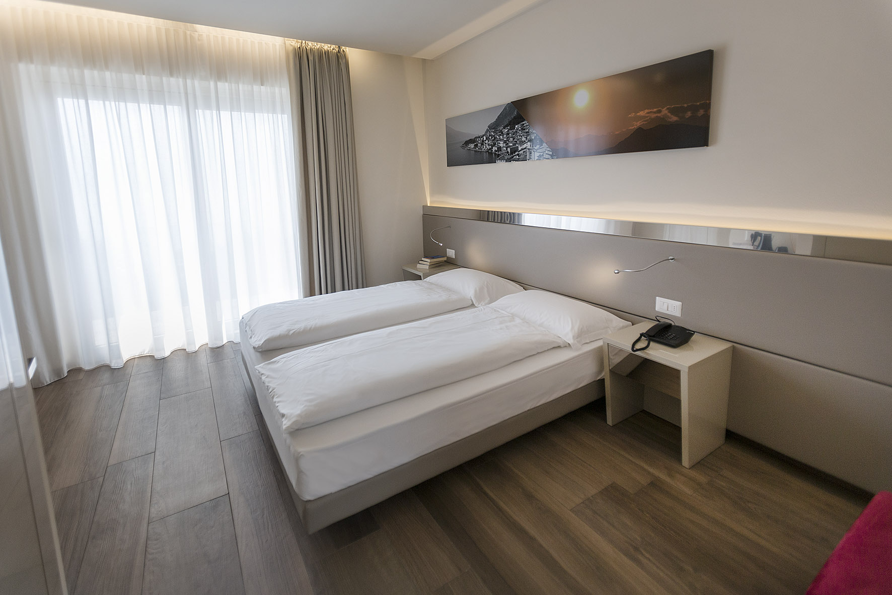 hotel_atilius_limone_camera_doppia_vista_lago_con_balcone401.jpg