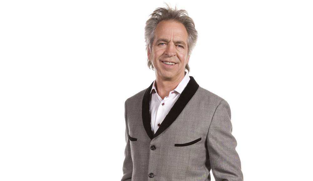 Brian Nankervis - Brian has been writing, producing and co hosting the SBS music trivia series, 'RocKwiz' since 2005. Brian currently co hosts, with Richelle Hunt, 'The Friday Revue', each Friday afternoon on ABC Radio Melbourne.In 2013, 2016 and 2019, Brian performed in 'Vandemonian Lags' a theatrical presentation written by Mick Thomas. In 2012, he hosted 'Pictures Of You' on Channel Seven. He was a writer/performer on 'Let The Blood Run Free' and appeared regularly on 'Hey Hey It's Saturday' as the poet Raymond J Bartholomeuz.Brian contributes regularly to The Age and radio 3RRR and is an experienced MC and performer for public events and corporate functions. He performs a poetry show in schools. Brian was a primary teacher who fled the classroom to become a waiter at The Last Laugh theatre restaurant. He was a writer/performer on the hospital soap opera 'Let The Blood Run Free' and made regular appearances on 'Hey Hey It's Saturday' as the street poet, Raymond J Bartholomeuz.