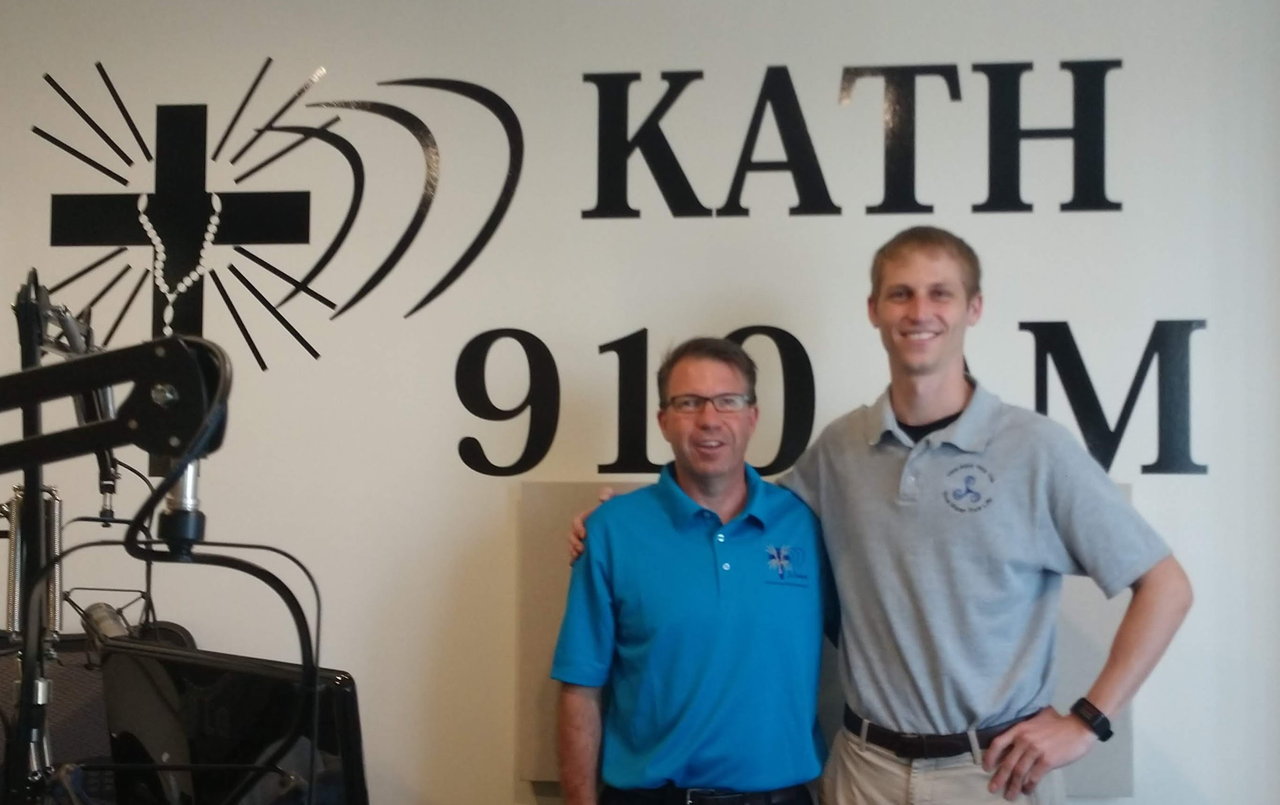 "KATH 910AM Radio Spot - 2019-07-30 | Dallas, Texas — For the 4th time in the past year, Jacob Niemeier, Executive Director of Vera Aqua Vera Vita visits with Dave Palmer on the Catholic Radio Station Gaudalupe Radio 910AM.In the interview he shares updates on VAVV's work in Monte Castillo, Peru and what the future of VAVV looks like including a compelling invitation to attend their 2nd Annual Fundrase: ""An Evening at a Speakeasy!"" on Saturday, October 5th at 6pm at St. Paul's Parish Center in Richardson, Texas."