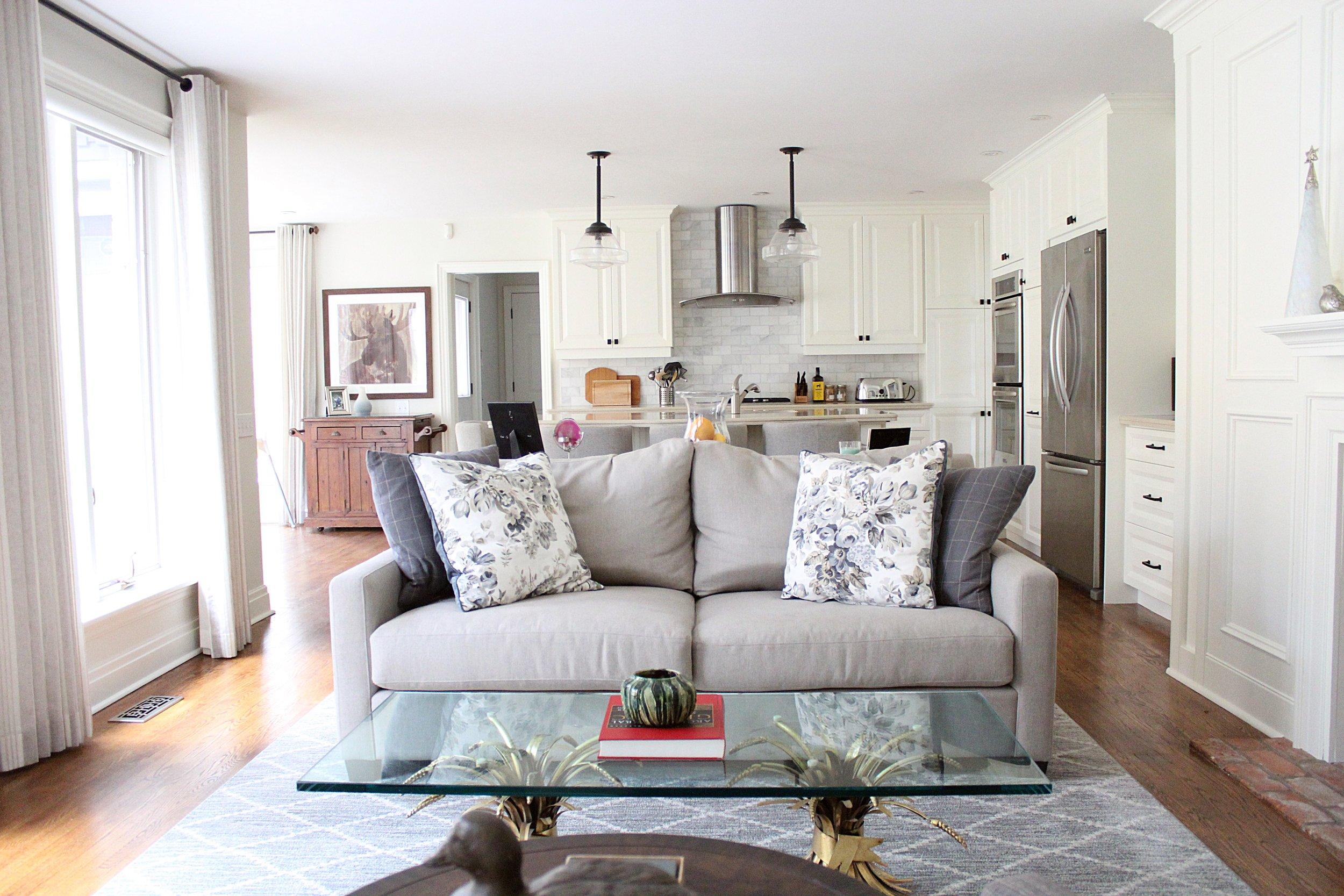 kmsd escarpment home living room