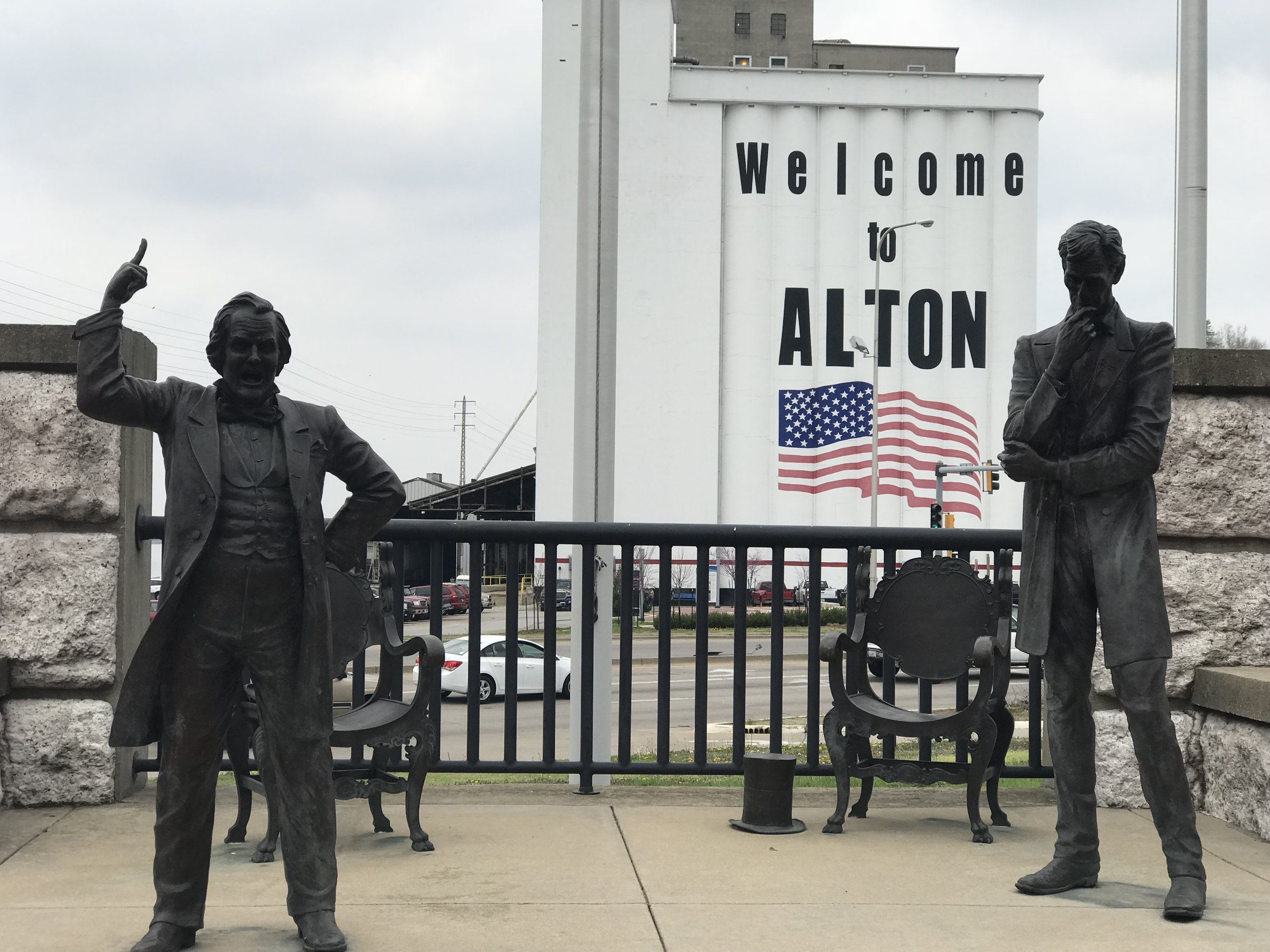 Statues at the site of the last of the 1858 debates between Stephen Douglas and Abraham Lincoln in Alton, Ill.
