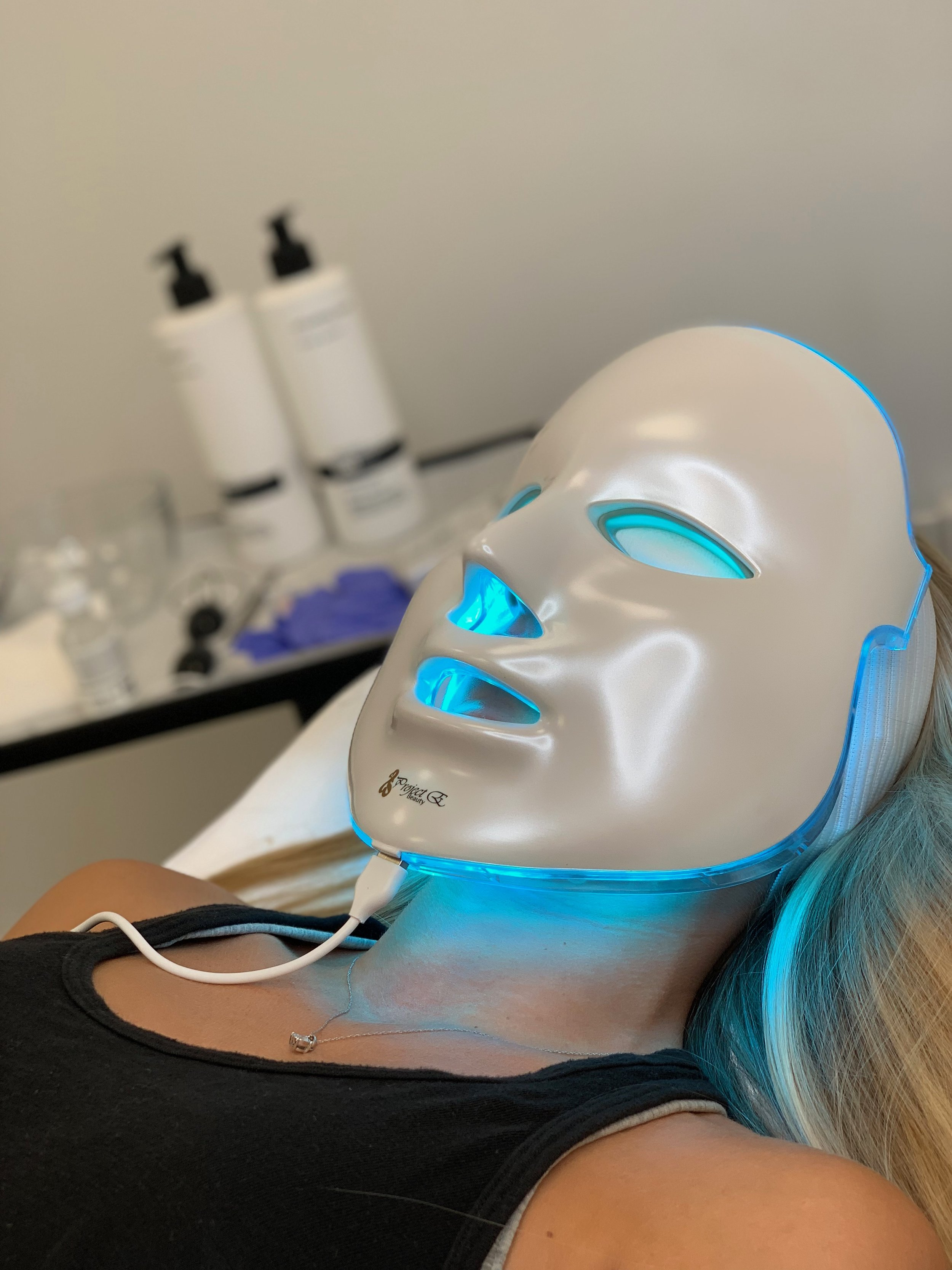 LED Blue Light Session to Target Acne