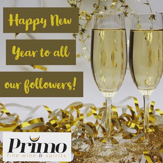 Happy New Year 2019! Cheers 🥂🍾🎊🎉 . . . . . . . . . . #newyearseve #newyear #2019 #cheers #celebrate #family #champagne #clicquot #domperignon #aceofspadeschampagne #krug #cristal #miami #miamibeach #southbeachmiami #whotelmiami #setaimiami #onehotelmiami #mokaimiami #miamiparty #poolpartymiami #delanomiami #faenamiamibeach #fountainbleaumiami #myntlounge #life