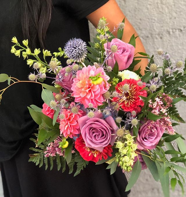 Here is teacher Marissa holding a hand tied bouquet I made in flower school this week. A private intensive SWEET! . . . #handtiedbouquet #privatelessons #brightbridalbouquet #bayareaflorist #fdi #floraldesigninstitute #dosomethingyoulove