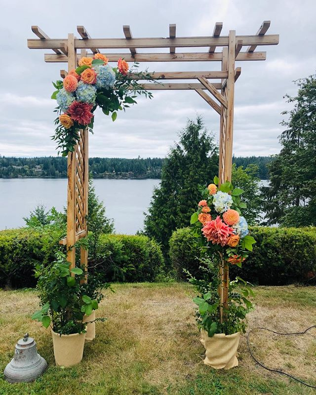 The groom built the arbor. I flowered it. What a lovely setting for a wedding on Puget Sound! . . . #pugetsoundwedding #localdahlias #dosomethingyoulove