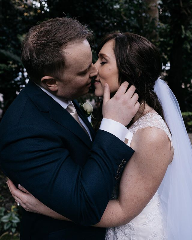 Aaron and Belinda yesterday at @lyrebirdfallsweddings. The weather was perfect and so were these guys. You could fee the intensity of the love they have for each other, but also for their family network they have. Such a beautiful day. 💕✨