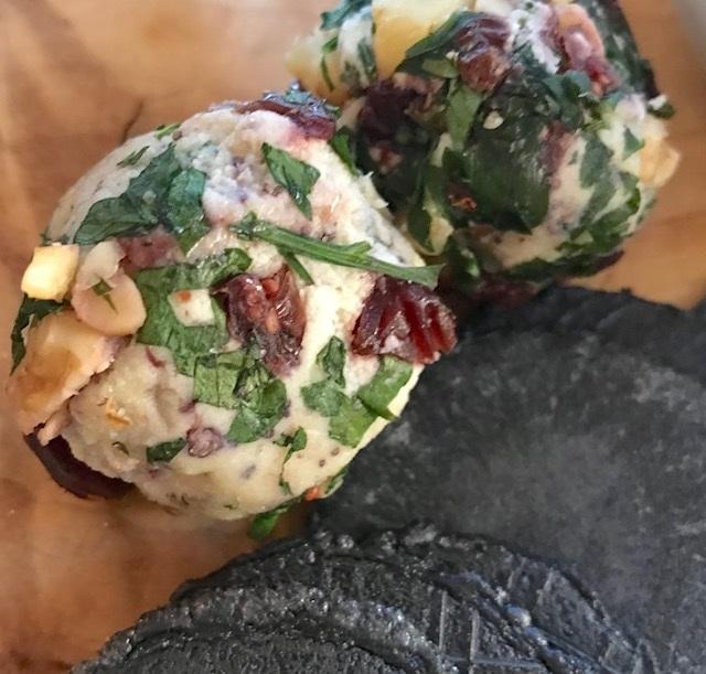 vegan+cheeseballs.jpg