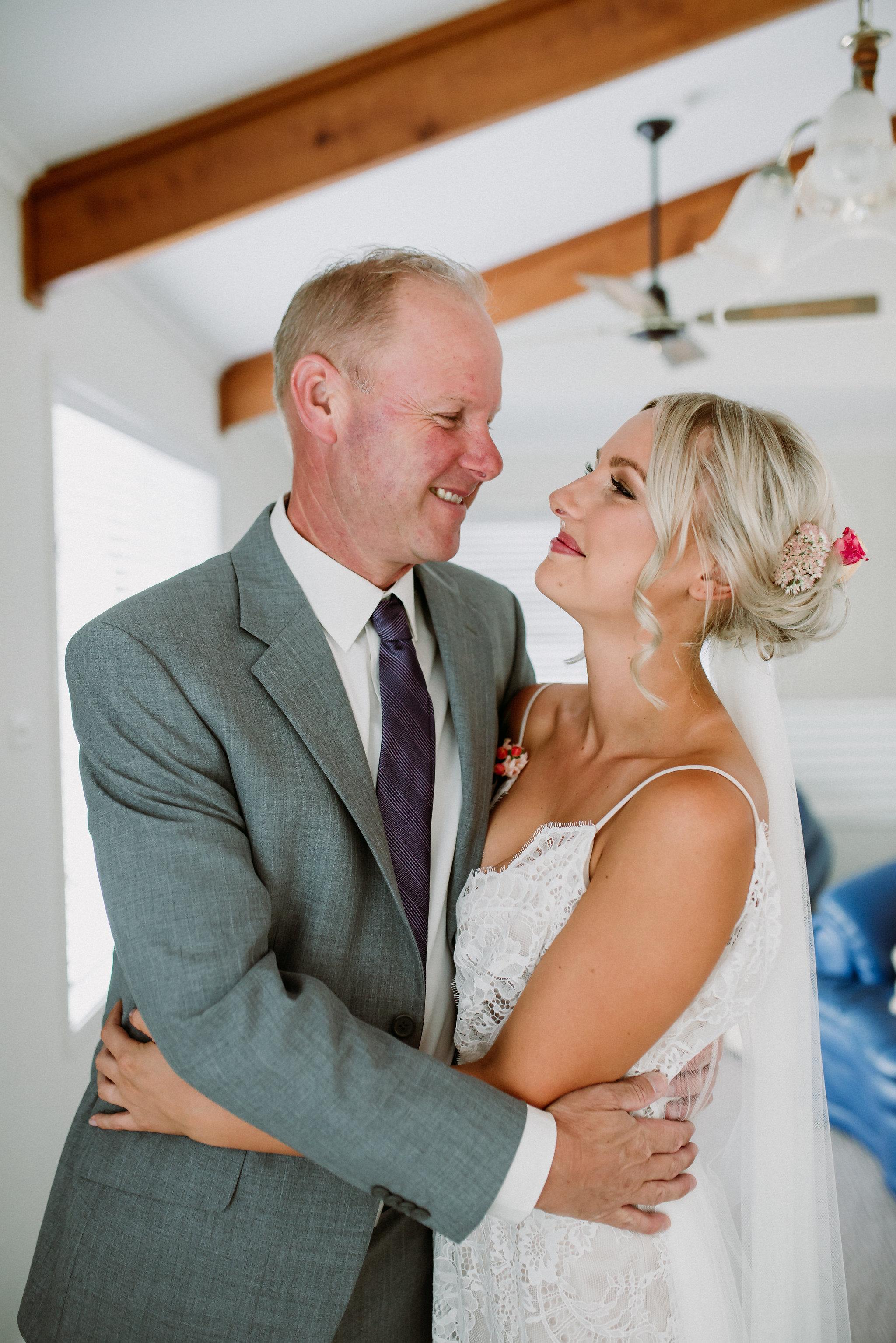LITTLE-BEACH-WEDDING-MARCHANT-304.jpg
