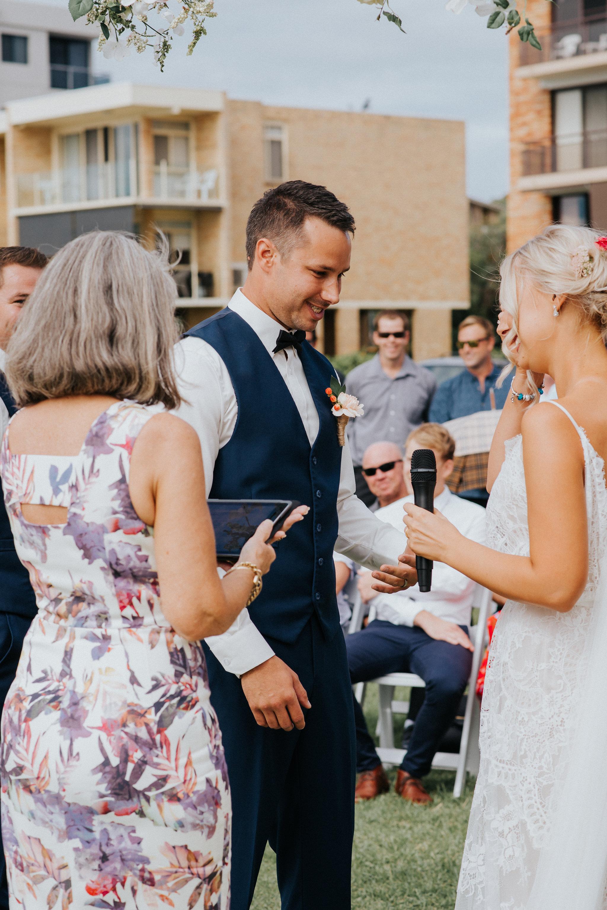 LITTLE-BEACH-WEDDING-MARCHANT-393.jpg